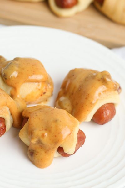 Mini Pigs In A Blanket with Chili Cheese Dip