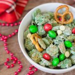 Easy Christmas Puppy Chow Recipe