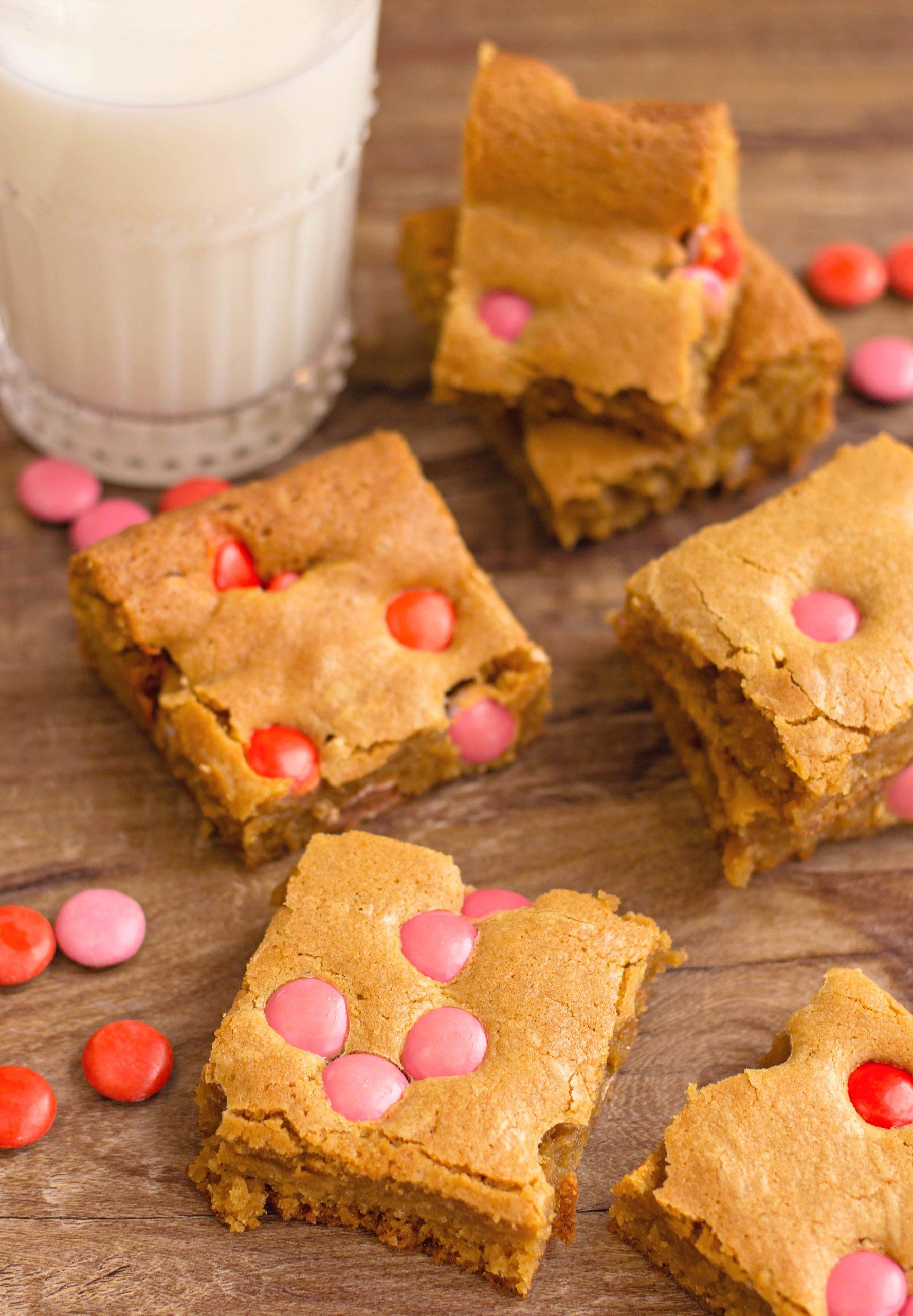 Valentine's Day M&M Blondies