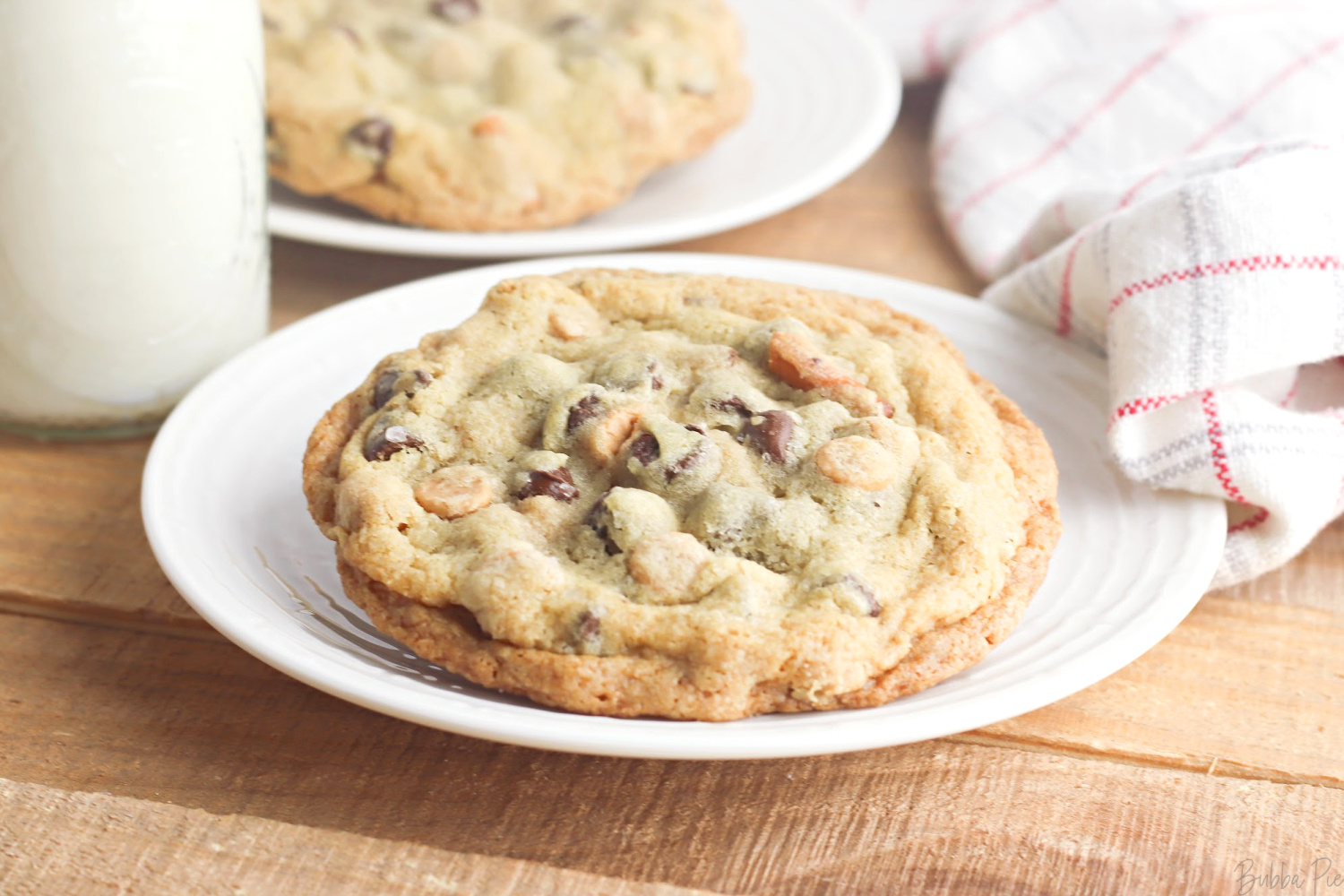 Gluten Free Kitchen Sink Cookies make a great dessert recipe for any diet.
