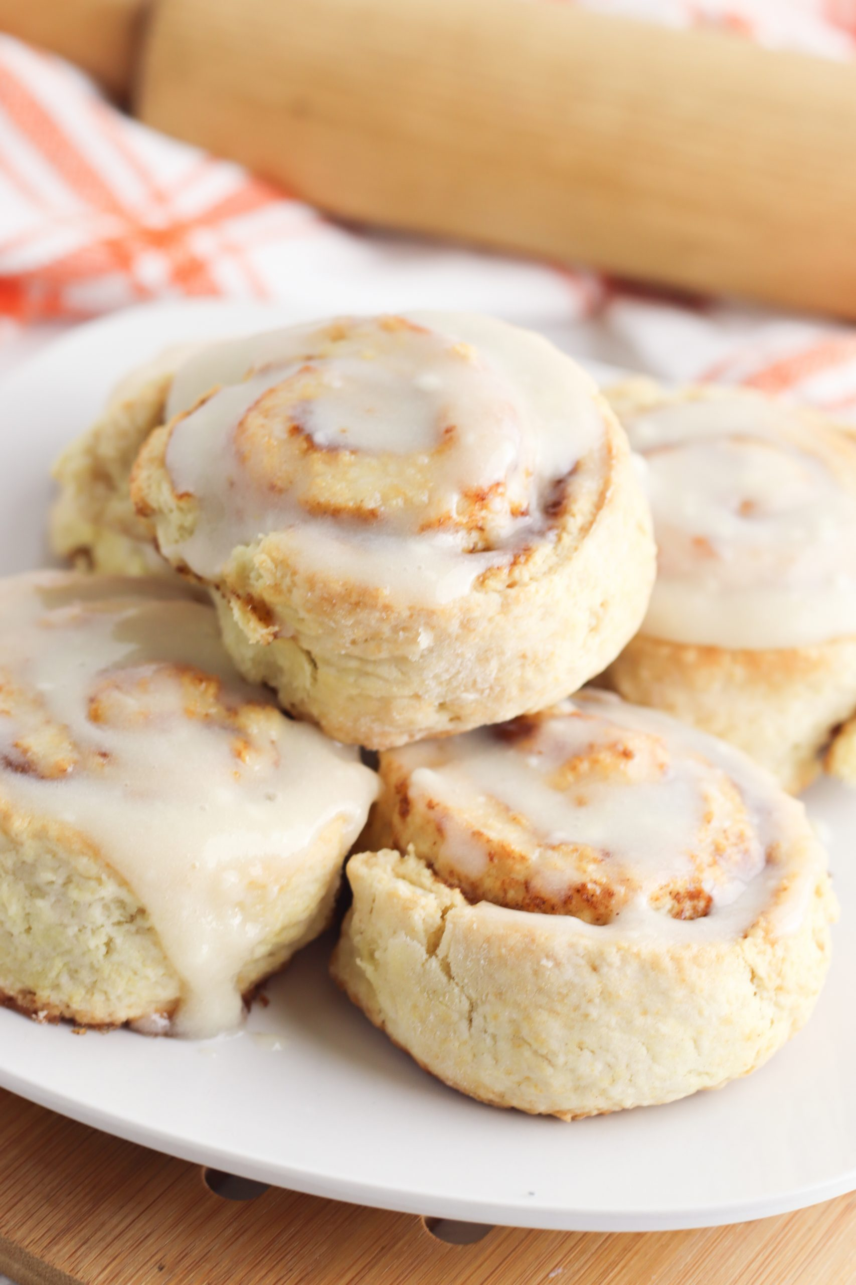 Homemade Cinnamon Rolls made with Pumpkin is a perfect Fall recipe.