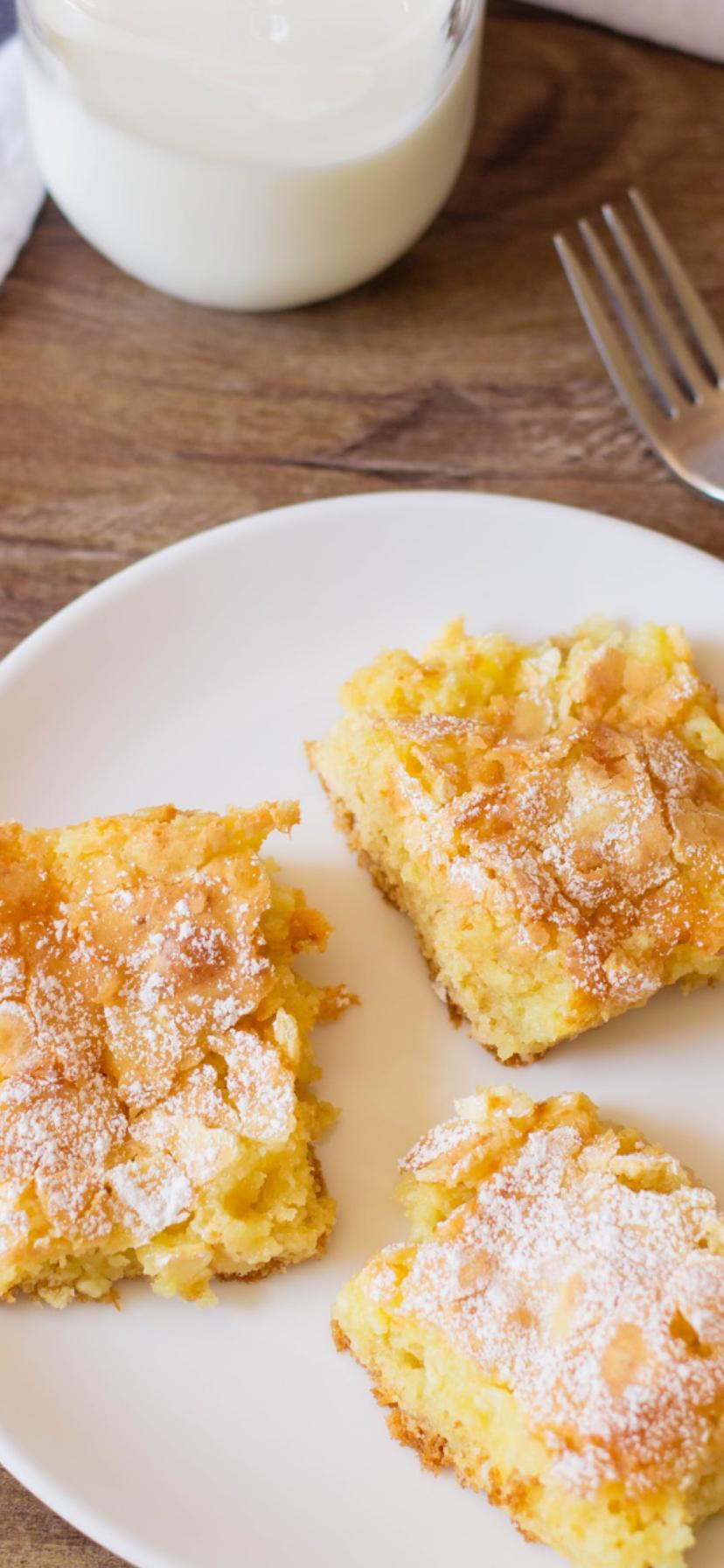Easy Ooey Gooey Butter Cake - BubbaPie